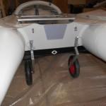 Лодка ПВХ с транцевыми колесами 5