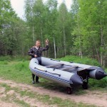 Лодка ПВХ с транцевыми колесами 2